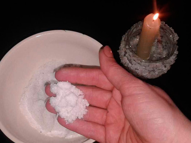 снять приворот солью